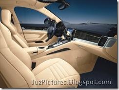 porsche-panamera-interiors-dashboard