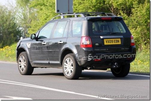 2011-Land-Rover-freelander-5