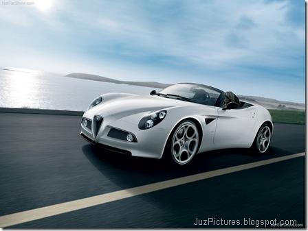 Alfa Romeo 8C Spider 2