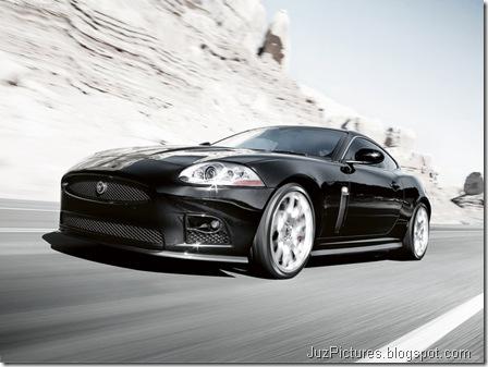 Jaguar-XKR-S 2