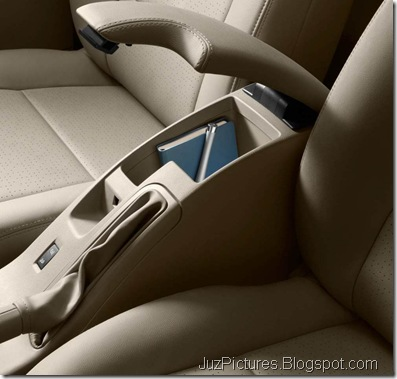 Fluence-Front-Arm-Rest