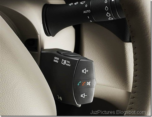 fluence-Steering-Mounted-Audio-Control