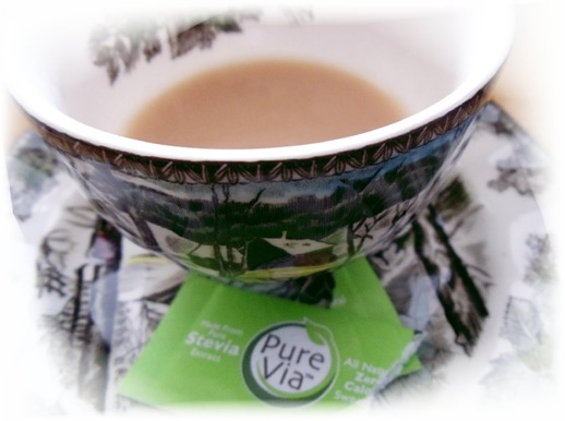 teacup with stevia