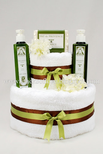 Spa Towel Cake for housewarming