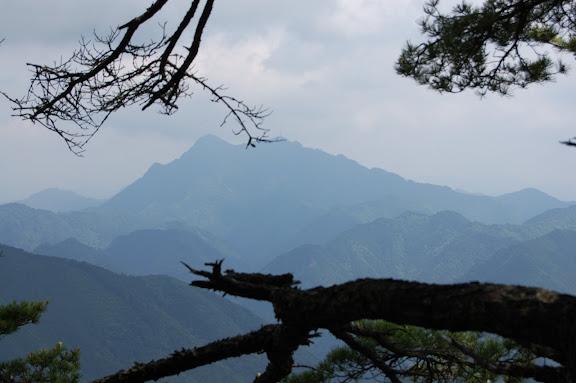 平山明神山から三ツ瀬明神山の写真