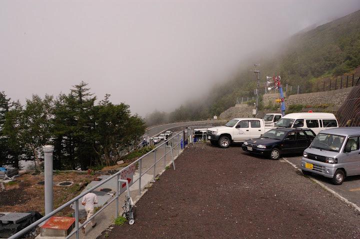 富士宮五合目の駐車場の写真