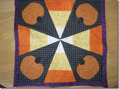 Quilt block with pumpkins