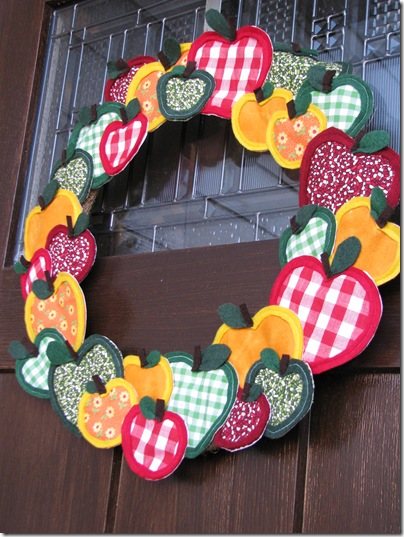 apple wreath c