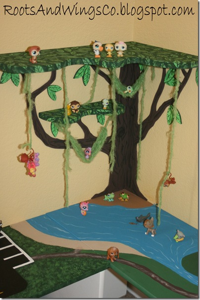 playroom tree w