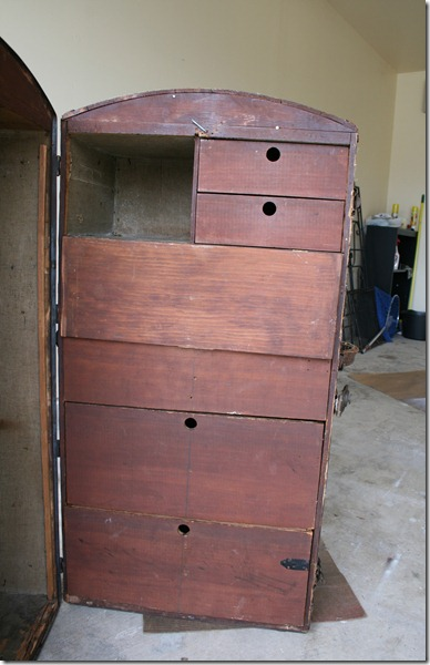 Antique Wardrobe Trunk 002