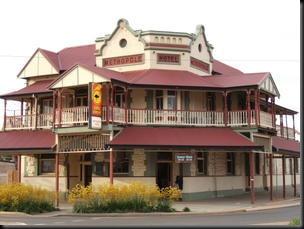 kalgoorlie pub