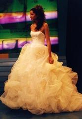 casamentos noivas vestidos e sapatos de Cristina Lopes     N9 1 CL 022  TulleFloresG SI