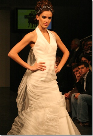 Vestidos de noiva de Cristina Lopes - vestido para casamento noivas com alsa - Estilistas criadores de moda noivas casamentos portugueses - 2010 casar em Portugal 2011