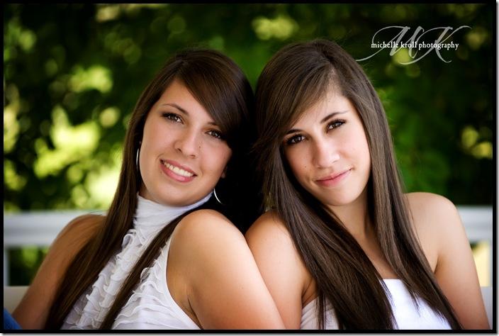 Megan-and-Caroline-9
