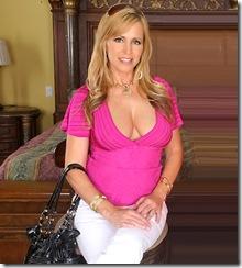 Nicole Moore MILF