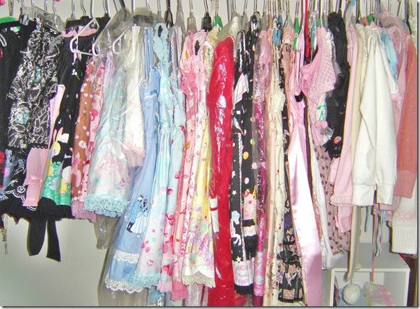 thea wardrobe