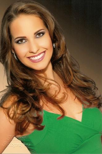 Aline Galvan Pereira, princesa da Festa da Uva 2010