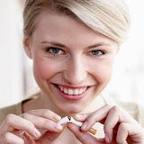 femme-casse-cigarette-1-102909_XL.jpg
