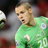 Algeria's defender Djamel Mesbah eyes the ball during the 2010 World Cup group C first round <a href='http://football.endz.co.cc/'>football</a> match between England and Algeria on June 18, 2010 at Green Point stadium in Cape Town. The match ended in a 0-0 draw. NO PUSH TO MOBILE / MOBILE USE SOLEL!  Y WITHIN EDITORIAL ARTICLE - AFP PHOTO / JEWEL SAMAD (Photo credit should read JEWEL SAMAD/AFP/Getty Images)??????