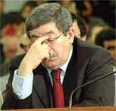 Ahmed Ouyahia en parle pour la première fois « WikiLeaks ne cause aucune gêne à l'Algérie »