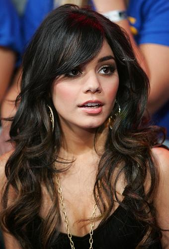 New Vanessa Hudgens Scandal Pictures. vanessa hudgens sexy cleavage