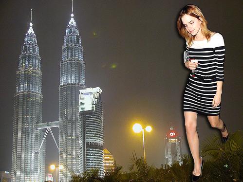 Fake Giantess Emma Watson near Petronas Towers