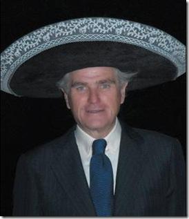 ramon-calderon-con-sombrero-mejicano