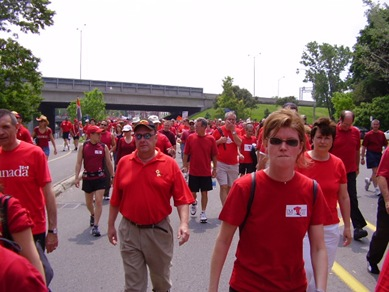 Red_Shirt_Walk_Run_2007-06-01036