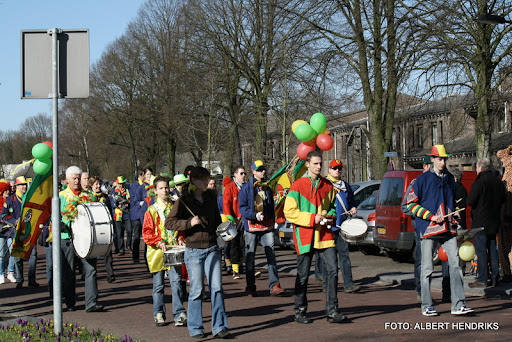 overloon carnaval optocht  06-03-2011 (77).JPG