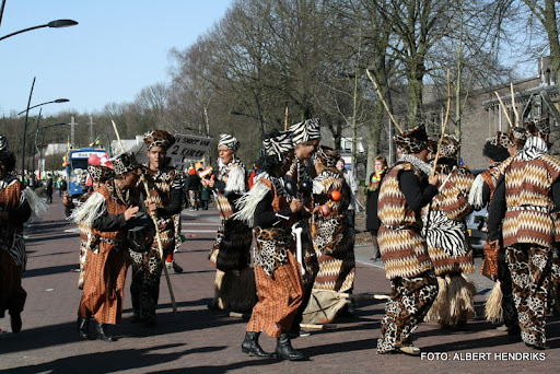 overloon carnaval optocht  06-03-2011 (86).JPG