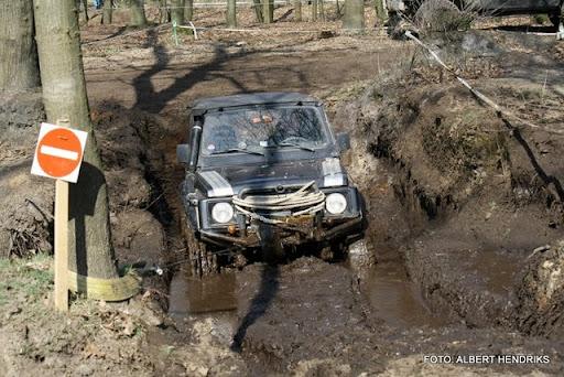 4x4 rijden anvt circuit duivenbos overloon 27-03-2011 (65).JPG