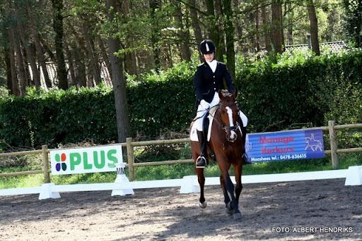 dressuurwedstrijd pony's overloon 09-04-2011 (12).JPG