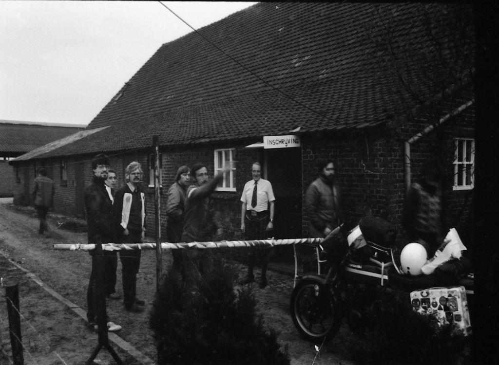 1982 - Kruikentreffen - Helvoirt z 02.jpg