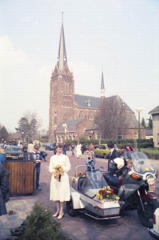 1982 - Huwelijk Tiny & Marja v.Pinxsteren 09.jpg