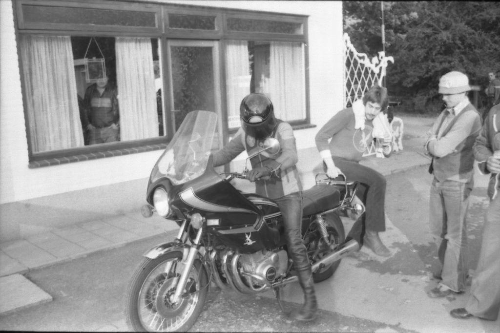1977 - Bokkerijderstreffen z-11.jpg
