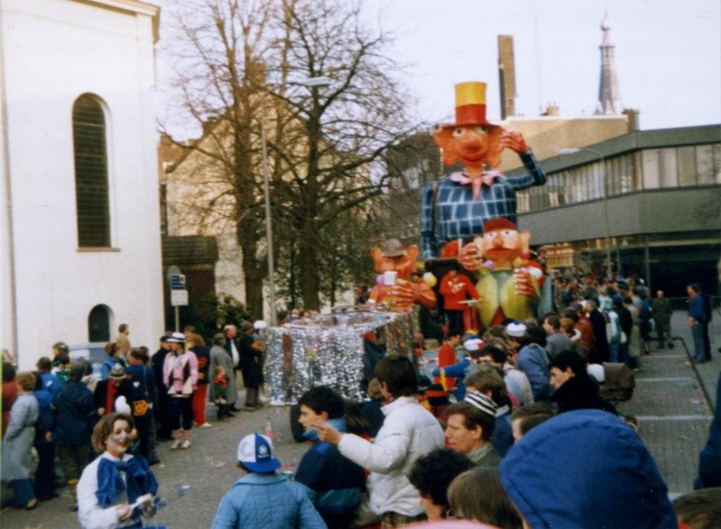 1984 - Carnaval 03.jpg
