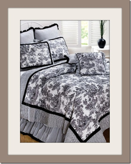 Black Toile de Jouy Quilt Set