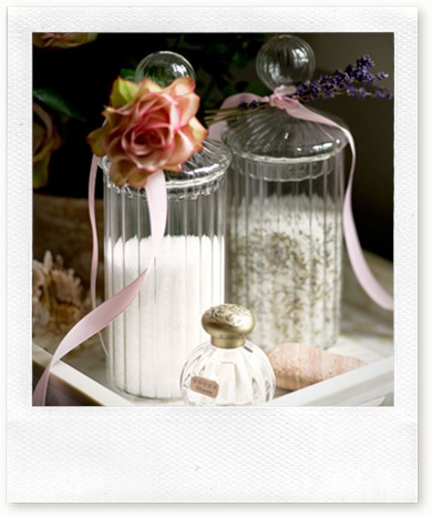 romantic-bathroom-detail-bath-salts-in-cute-glass-jars