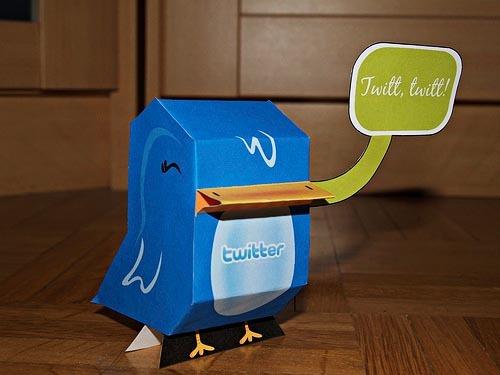 Faça seu paper toy do Twitter