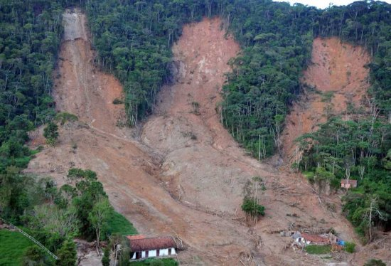 A handout picture provided by Radiobras shows a general view of a zone affected by rains in Santa Rita, near Teresopolis, Brazil, 21 January 2011. EPA / VALTER CAMPANATO HO