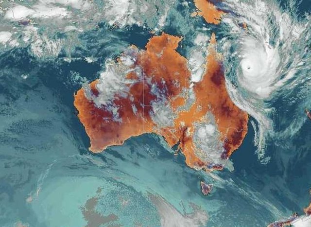 Tropical Cyclone Yasi, pictured on the far upper right portion of the map, is heading toward northern Queensland. It was upgraded to a category 5 on 1 February 2011. Australia Bureau of Meteorology / theepochtimes.com