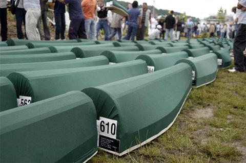 Srebrenica_2005_burial