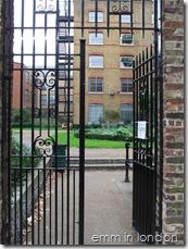 St Georges Churchyard Gardens - Marshalsea Prison 3