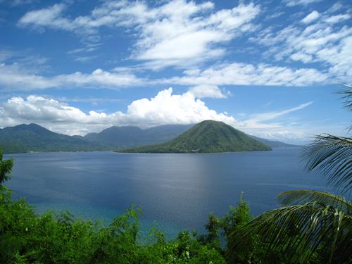 الالف جزيرة في اندونيسيا