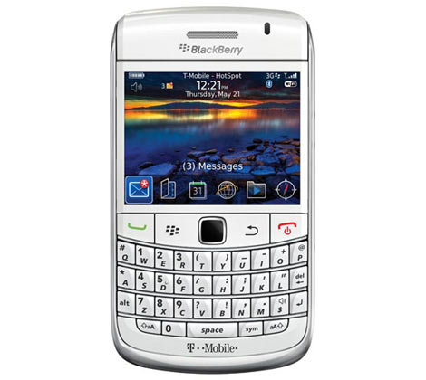 BlackBerry Bold 9700 White and Black