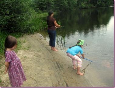 girlsfishing