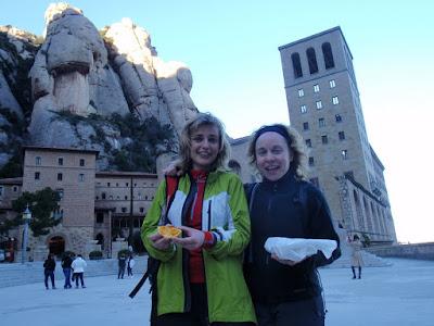 Sílvia i Núria a Montserrat