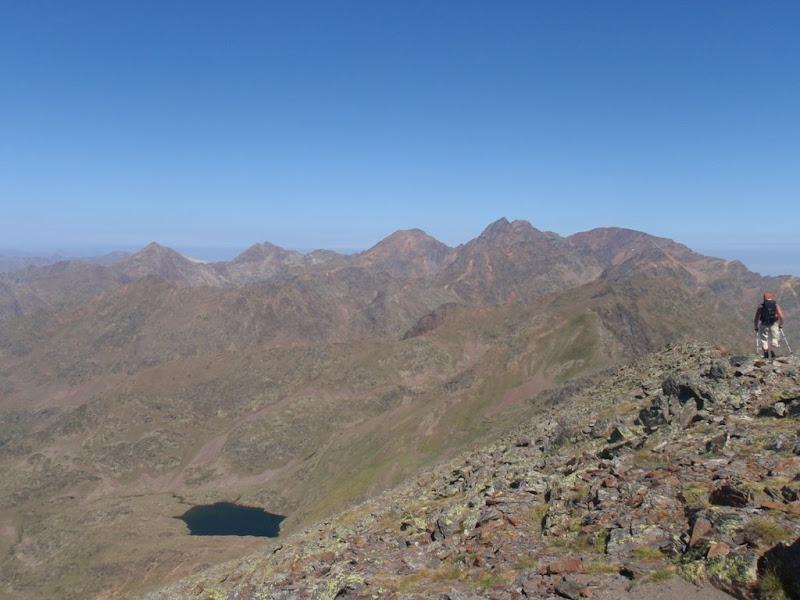 Massís de la Pica d'Estats des del cim