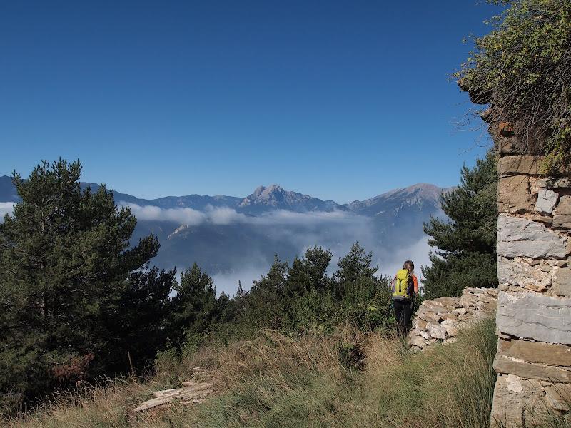 Sant Marc de Brocà i el Pedraforca al fons