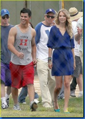 taylor-lautner-taylor-swift-valentines-day-19